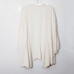 Xhilaration Other - Xhilaration Bell Sleeve Tassle Kimono Cream XXL